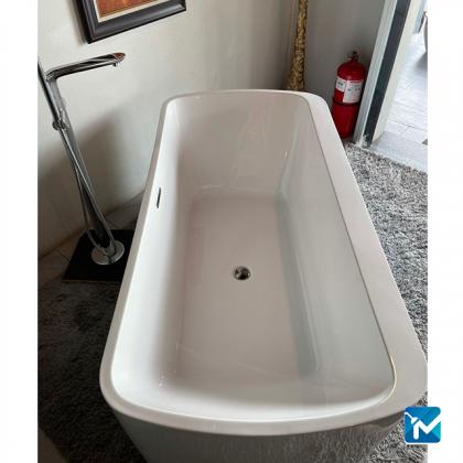 Ledin Stand Alone Bathtub LD7025